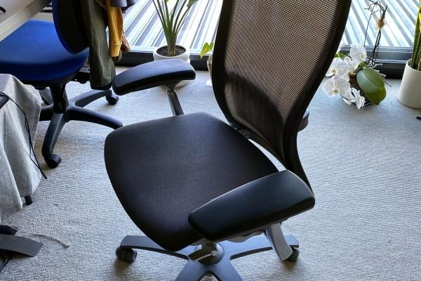 "55"" TV, Desk Chair"