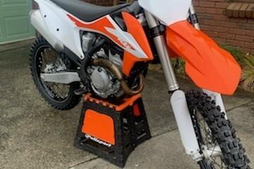 Motorcycle ktm 250 2020 ktm 250
