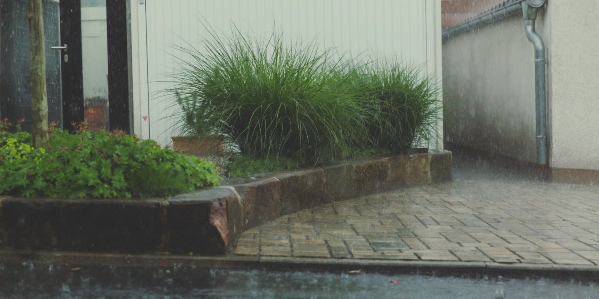 7 Tips for Moving in a Rainy Day