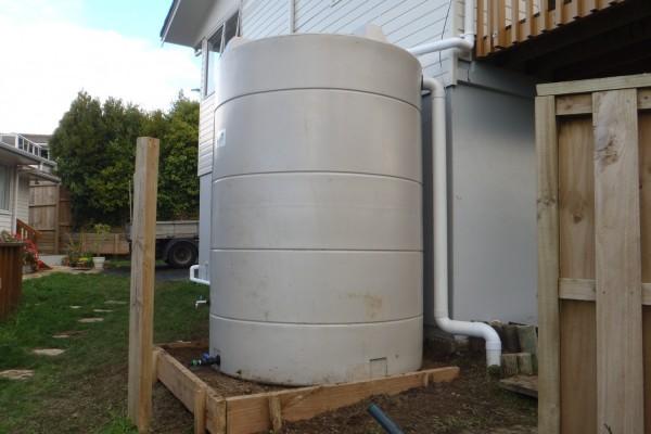 5700  litre Water tanks