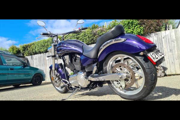 Motorcycle Victory  King Pin 1508