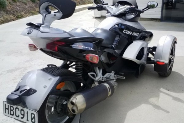 Motorcycle Can am Spyder