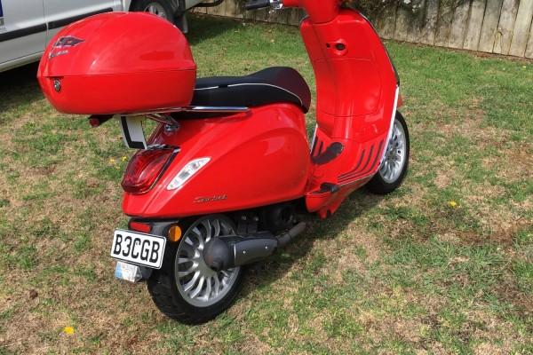 Motorcycle Vespa Sprint 50