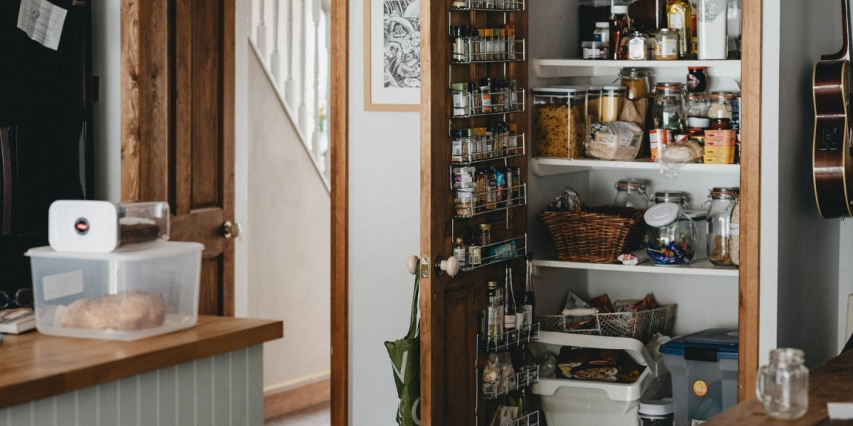 What to Do with Food Before Moving?