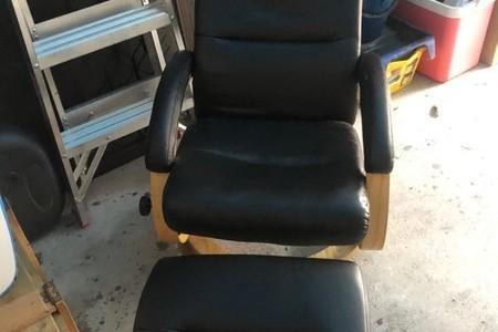 Black recliner & footstool