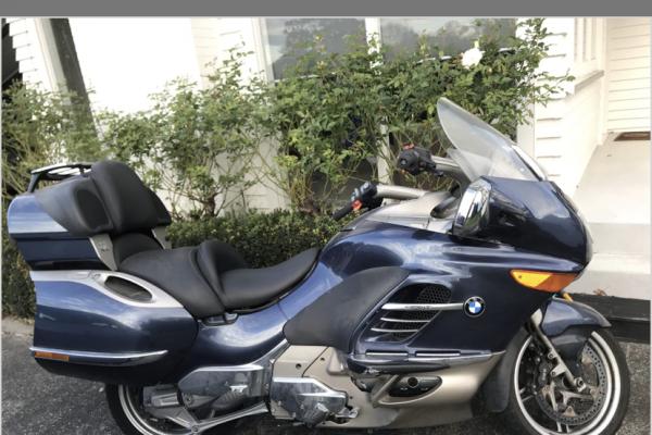 Motorcycle BMW K1200Lt