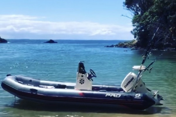 Inflatable boat 6.5 o/all length 2.2 wide inflatable reg and wof