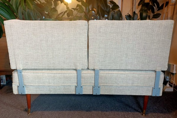 Retro convertible 2 seater couch