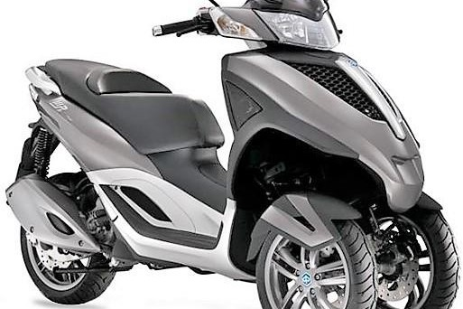 Motorcycle Paiggio MP3