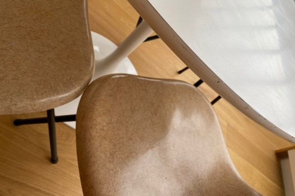 Modernist Table and chairs, Chairs x4