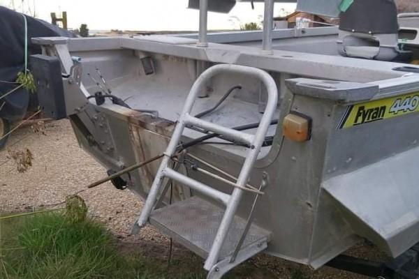 Motor boat Fyran 440