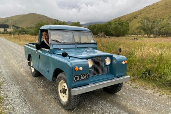Landrover seriers 2
